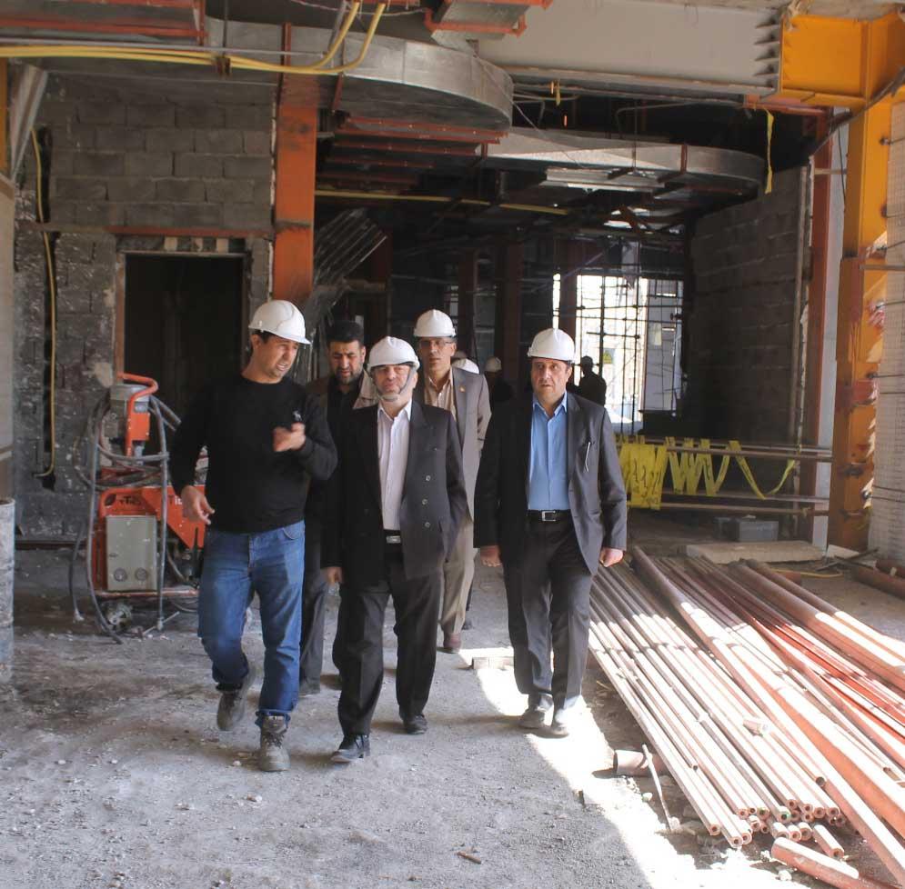 بازدید رئیس کل محترم دادگستری استان همدان از پروژه ساختمان ...011_H
